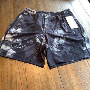 NWT Lululemon 9 in Pace Breaker Shorts